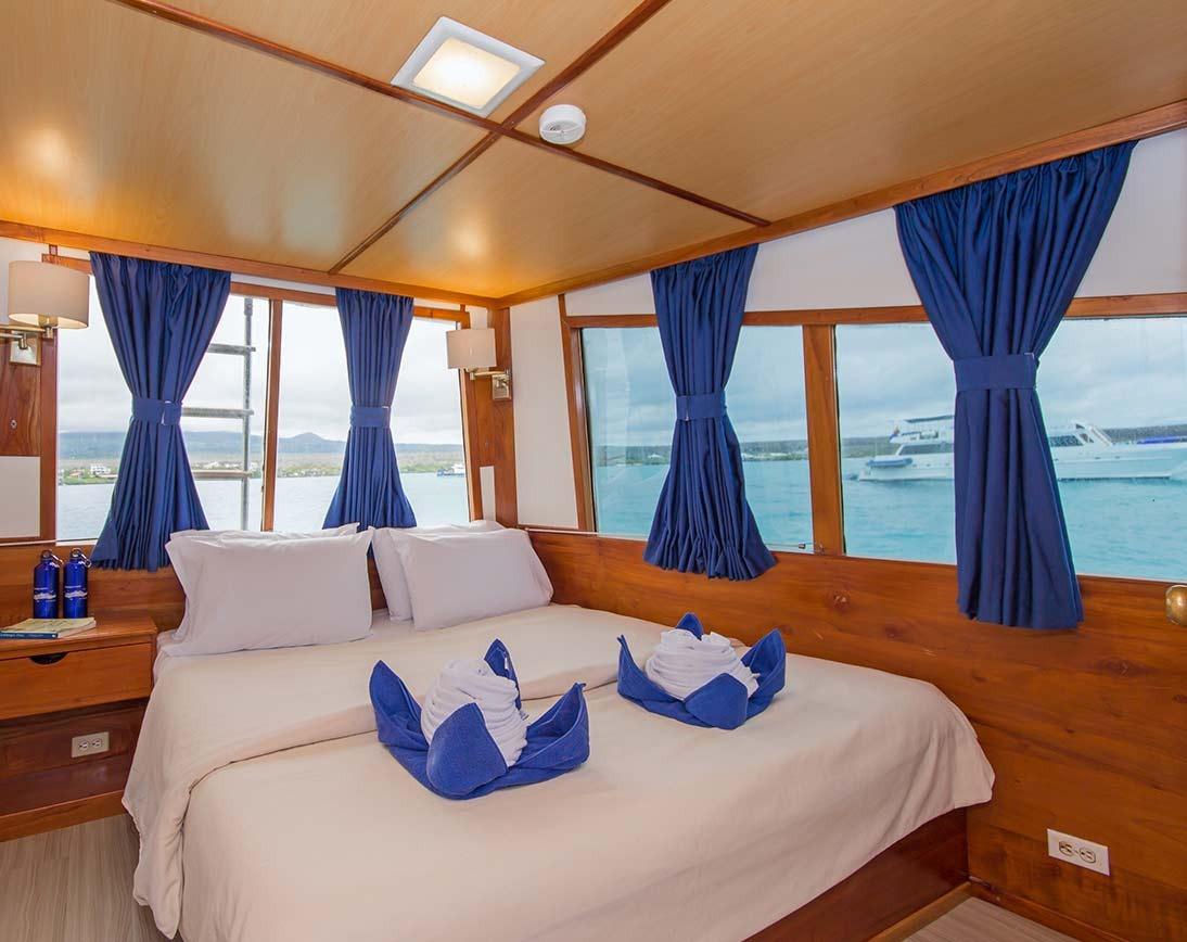 Bedroom   Beluga Yacht