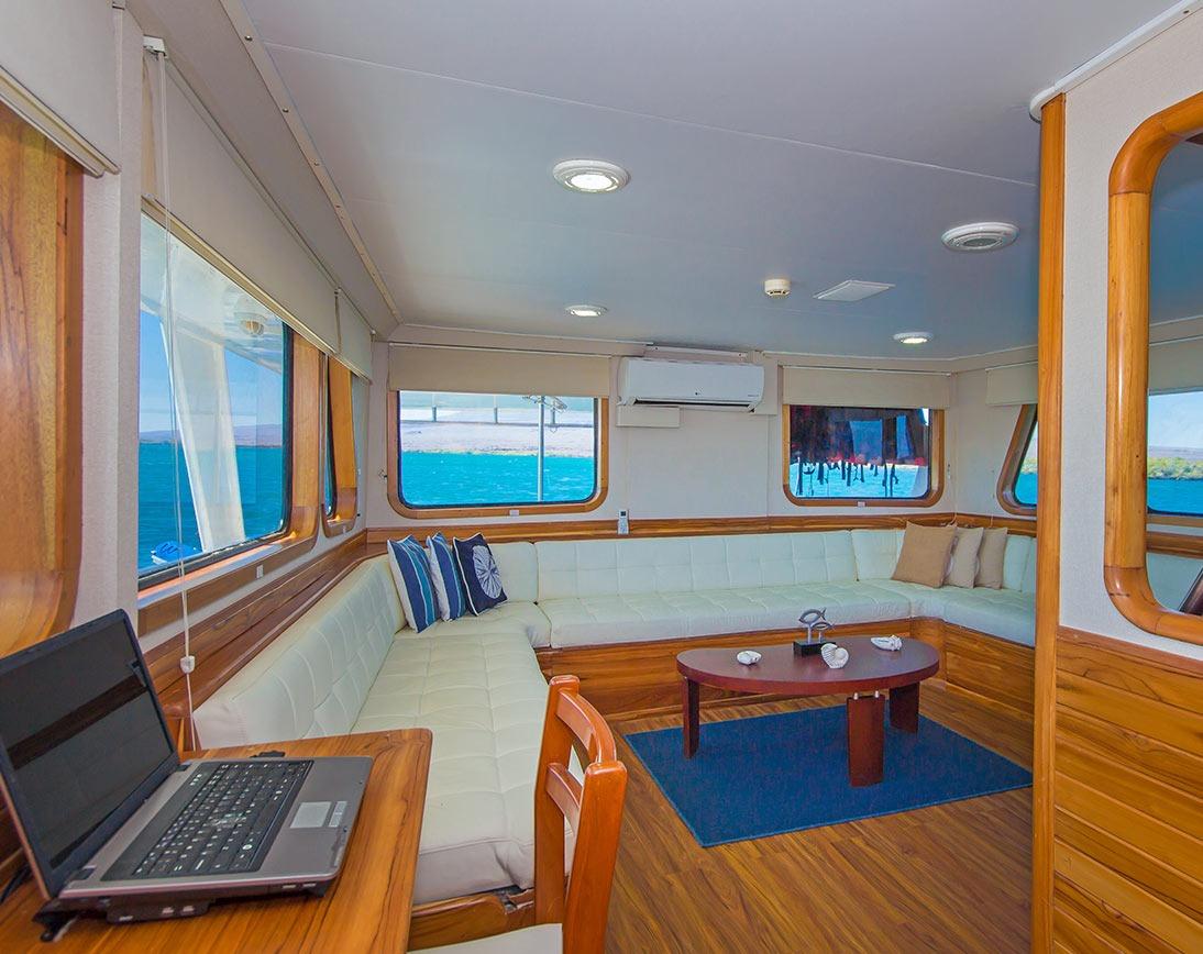 Living area   Blue Spirit Yacht