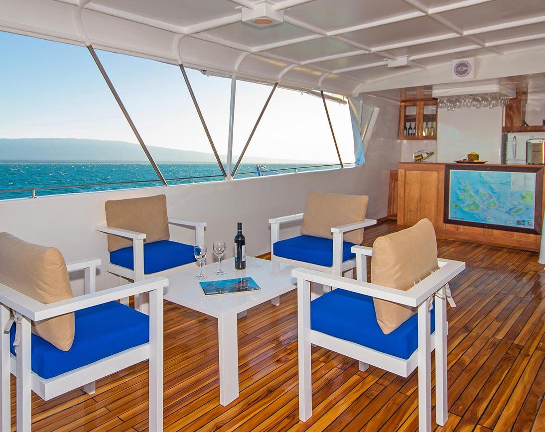 Bar   Blue Spirit Yacht