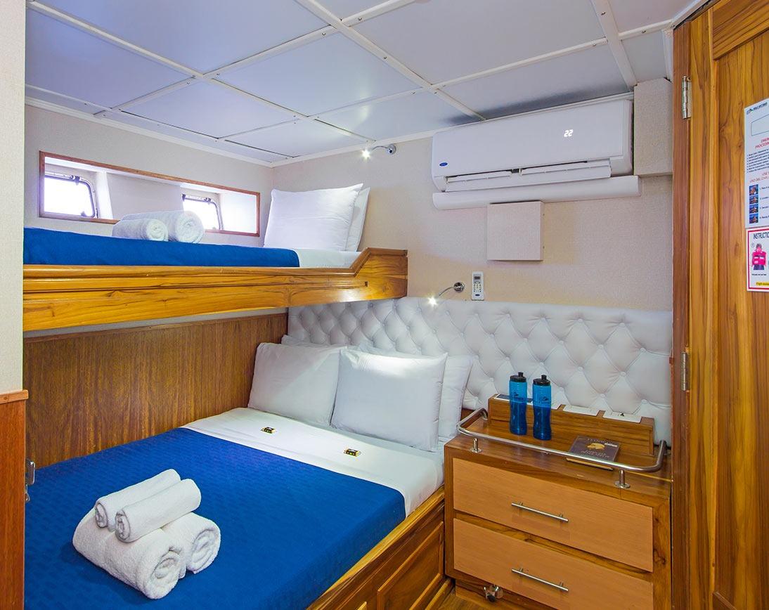 Single cabin   Blue Spirit Yacht