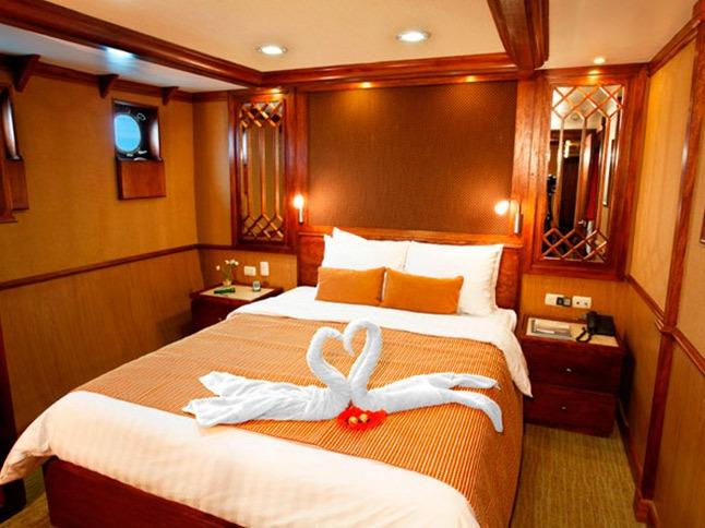 Bedroom | Grace Yacht