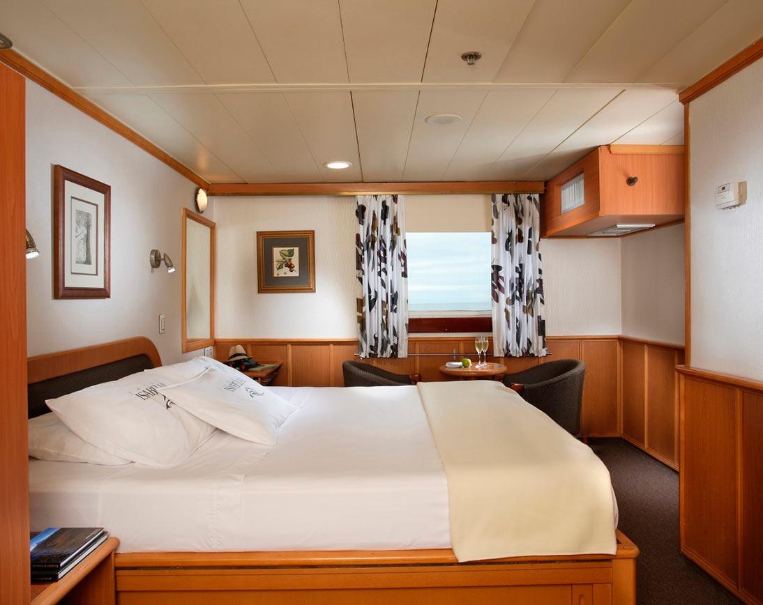 Cabin   Isabela II Yacht