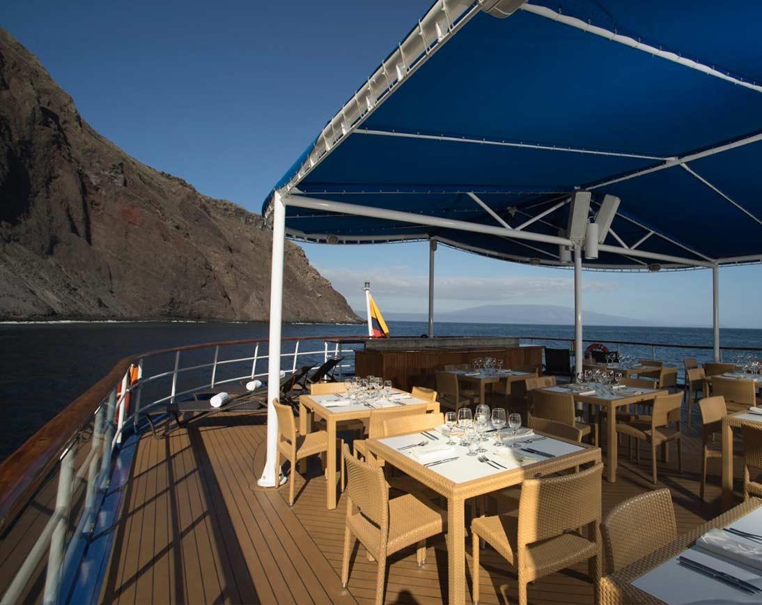 Sun deck   Isabela II Yacht