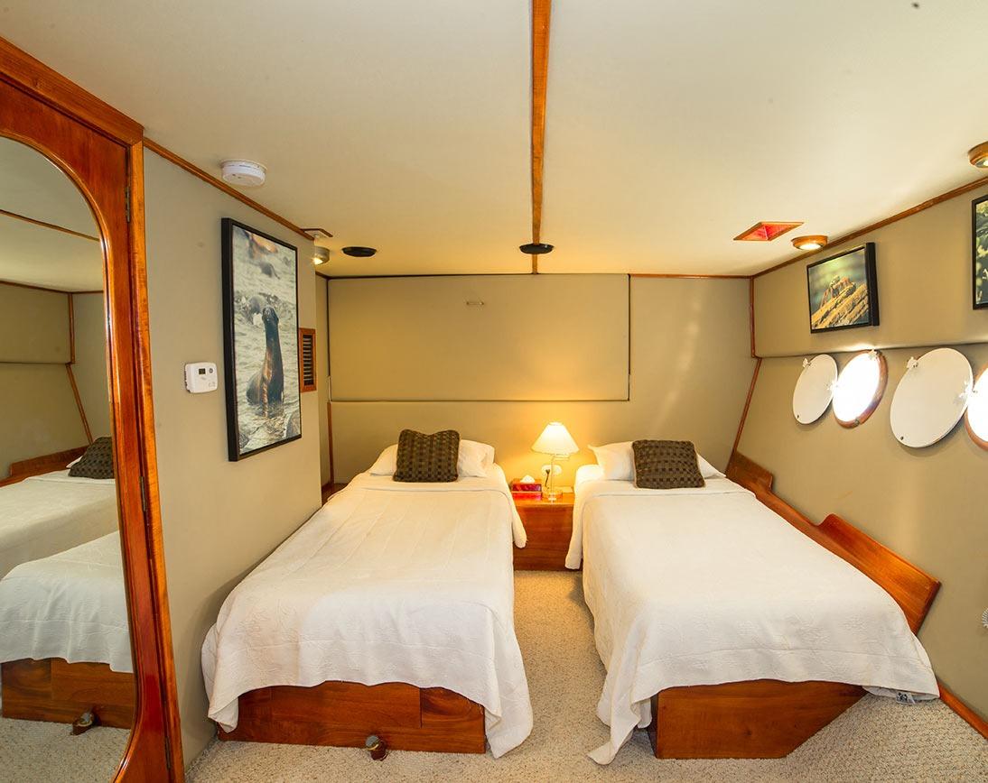 Single cabin | Reina Silvia