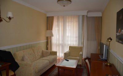 Review Queen's Court hotel Boedapest: 5 sterren luxe met een klein budget
