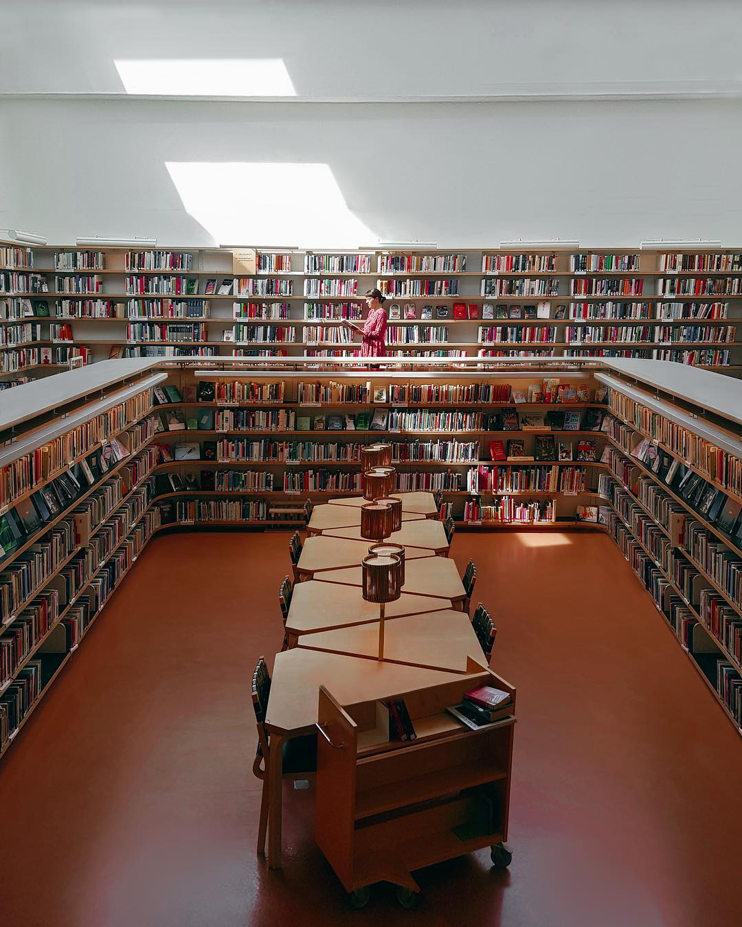 Immerse in the Architectural Wonder of Rovaniemi City Library