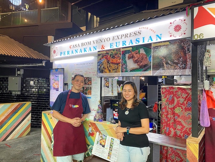 Casa Bom Vento Express stall front with Chef Lionel and wife Lyn