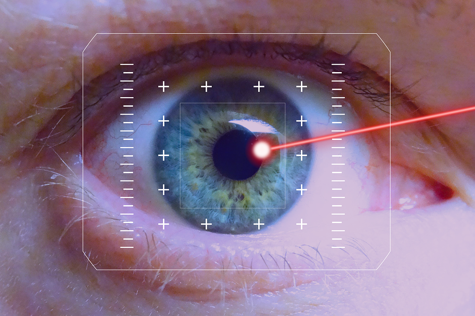 There are pros and cons to consider about laser eye surgery.
