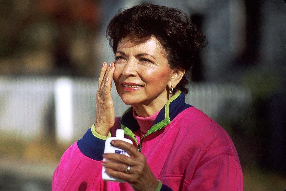 sunscreen-skin-care-skin-health