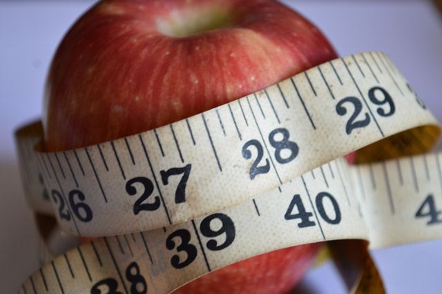 Defining a healthy weight is key to weight loss.