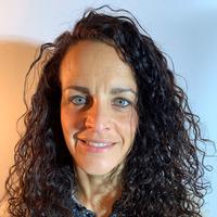 Mona Chiurillo, headshot