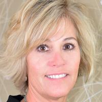 Cindy Tacha, headshot