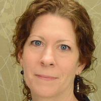 Leslie Renz, headshot