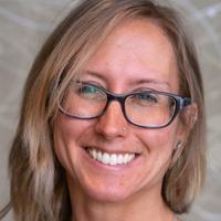 Amanda Neidermyer, headshot