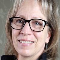 Tracey Clark, headshot