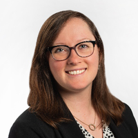 Lindsey Meston, headshot