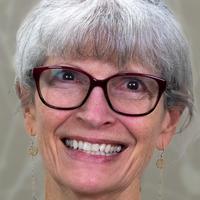 Martha Greth, headshot