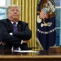 Pas d'immunité pour Trump, mais le public ne verra sans doute pas ses impôts avant l'élection