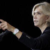 """Présidentielle : Valérie Pécresse propose de supprimer """"150 000 postes dans l'administration"""""""