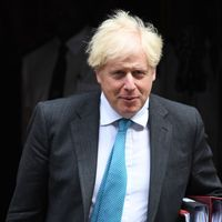 Coronavirus: Boris Johnson considering national restrictions on social lives to curb infections