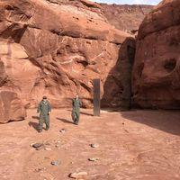 Scoperto nello Utah un monolite argentato