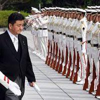【ノーカット】岸信夫防衛大臣が着任 出迎え・栄誉礼、着任式
