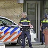 Wapens en flinke lading vuurwerk gevonden in Nijmeegse flat