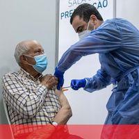 Será necessário tomar uma terceira dose da vacina, alertam peritos alemães