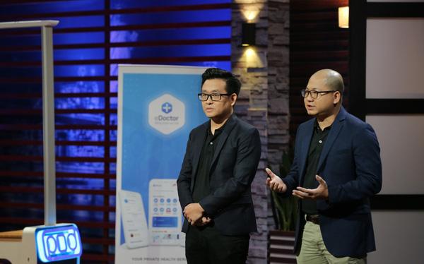 Ông Vũ Thanh Long, Tổng giám đốc eDoctor (ảnh: bên phải).