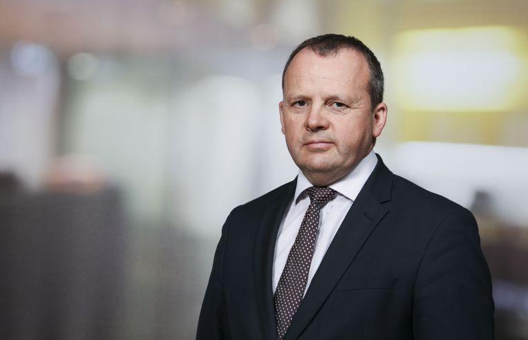 Các cuộc hẹn trực tiếp sẽ giảm khoảng 15% theo như dự đoán của ông Colin Rees Smith.