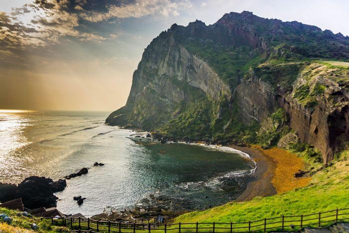 """Du khách có nhu cầu đi tham quan đảo Jeju sẽ được thử nghiệm """"Du lịch quốc tế không hạ cánh"""" mới mẻ này."""