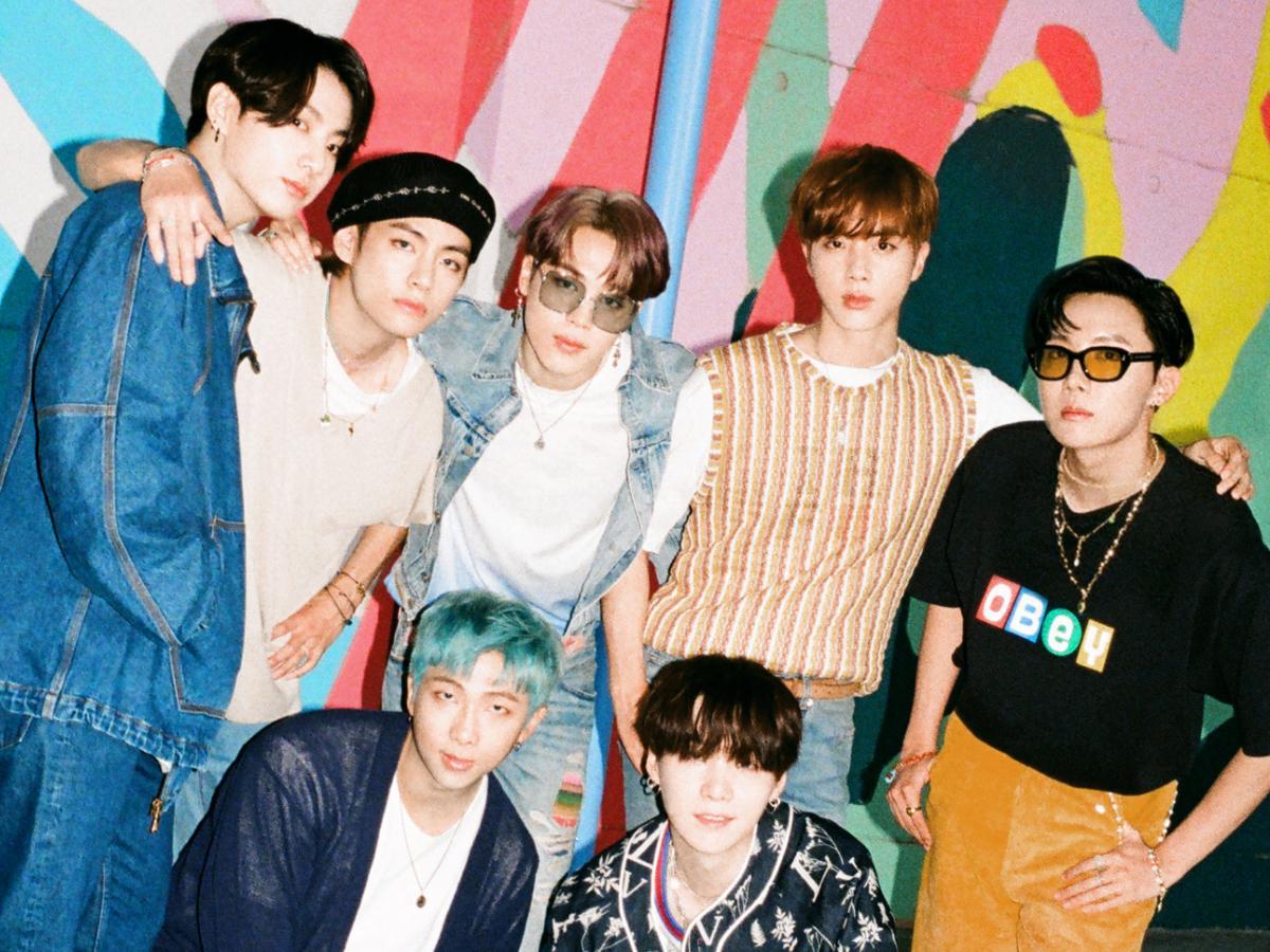 """Lý giải thành công của """"bảo vật Hàn Quốc"""" BTS dưới lăng kính Marketing"""