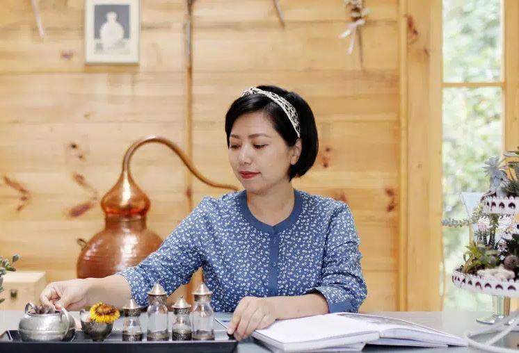 Bà Huỳnh Hải Yến, Founder NauNau Garden và Y25 Perfume