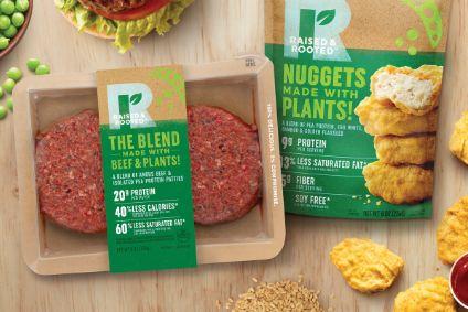 """Thậm chí, hãng sản xuất thịt lớn nhất nước Mỹ - Tyson Foods cũng đã cho ra mắt dòng sản phẩm thịt 100% thuần chay vào tháng 5, trong đó có """"thịt bò"""" xay và nhiều loại """"xúc xích"""""""