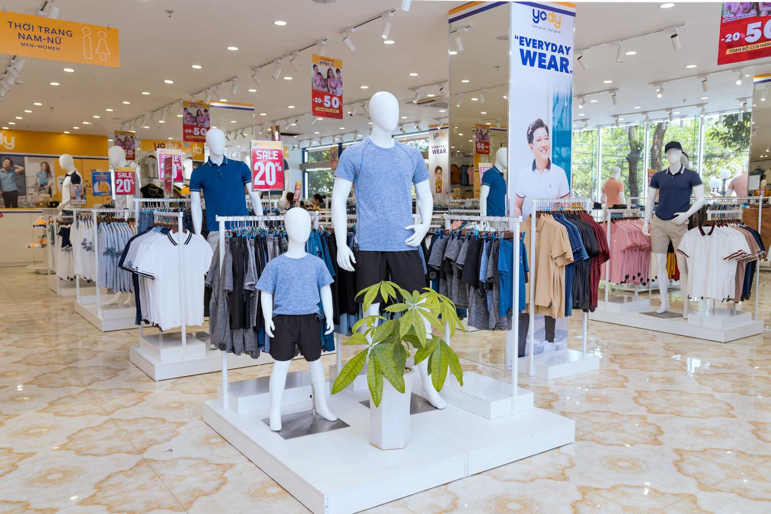 Các sản phẩm YODY Kids trong các store shop-in-shop của YODY.