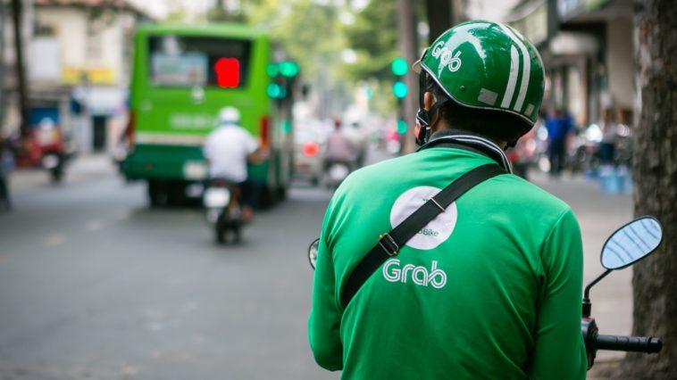 Doanh nghiệp Việt nên hay không xây dựng các 'siêu ứng dụng' như Grab hoặc VinID?
