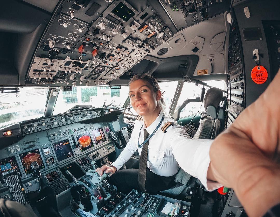Chỉ cần có thể đáp ứng các yếu tố về  sức khỏe, thể chất và tinh thần, nữ phi công hoàn toàn có thể làm việc bình đẳng so với nam phi công.