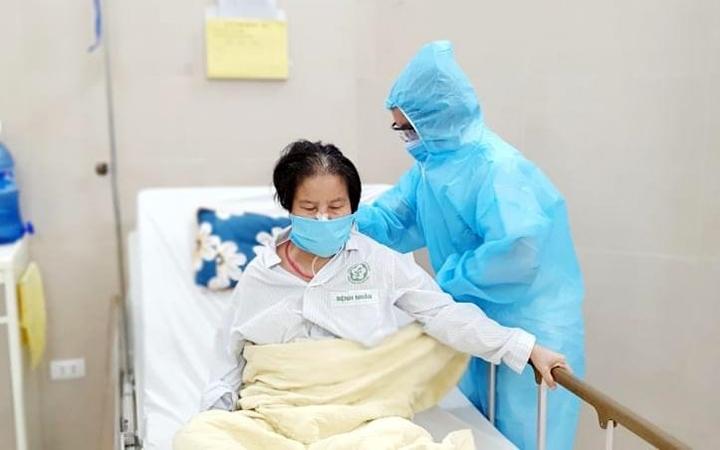 Dịch vụ chăm sóc đặc biệt cho bệnh nhân giải quyết vấn đề quá tải thăm nuôi bệnh