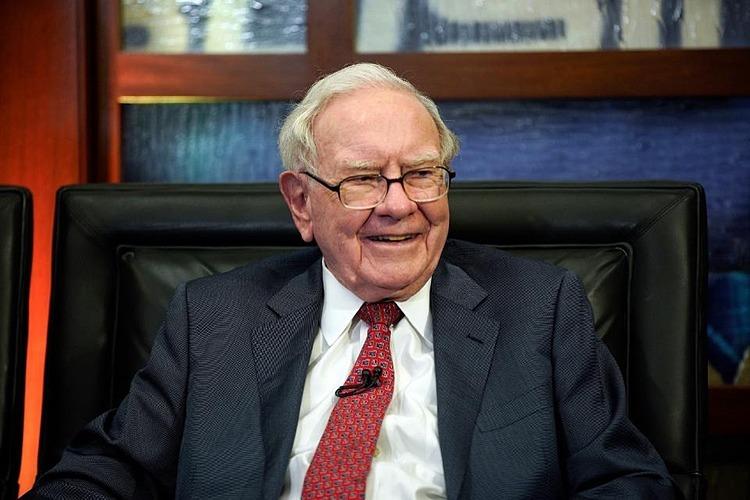 Ông trùm kinh doanh Warren Buffett không cho các con thừa kế hết tài sản
