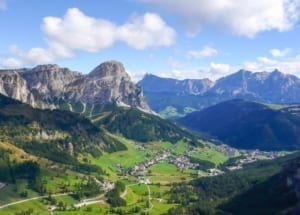 Hop into the Amazing Alps and Plateaus of Dolomites!