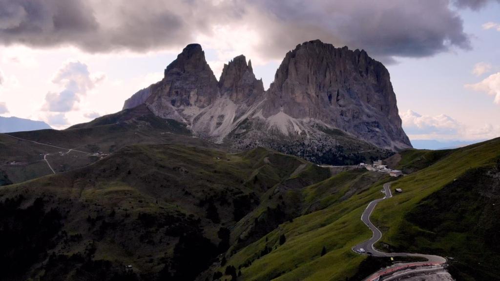 Sassolungo mountain range - reason to visit dolomites