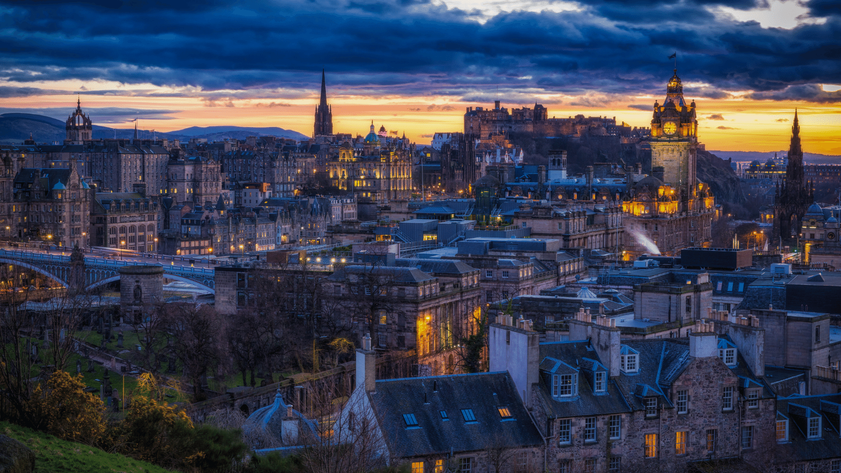 The skyline of Edinburgh during sunset