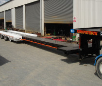 3.05m Wide Tri Axle with 2 Axle Steer