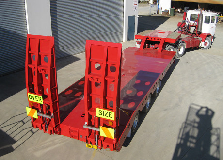 Tri Fixed Width Low Loader