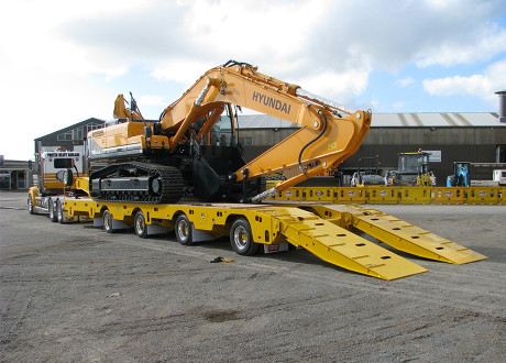 4x8 Box Beam Widening low loader with rear steer