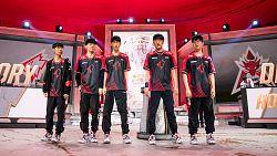 Vedení korejského týmu Griffin pod palbou kritiky, manažer se konstantně navážel do trenéra