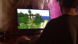 3 špičkové herní monitory, které vás vtáhnou do děje