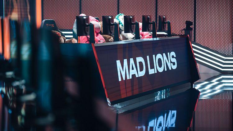 Jarní část LEC jde do druhé poloviny, podaří se českým lvíčatům opět zdolat Fnatic?