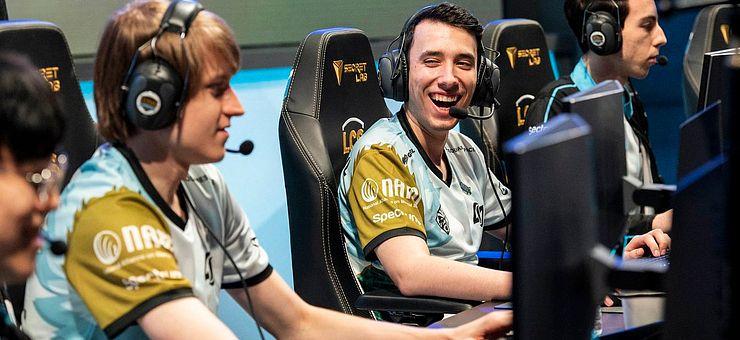 Counter Logic Gaming se pokusí dohnat Cloud9, zlepší se Immortals po změně trenéra?