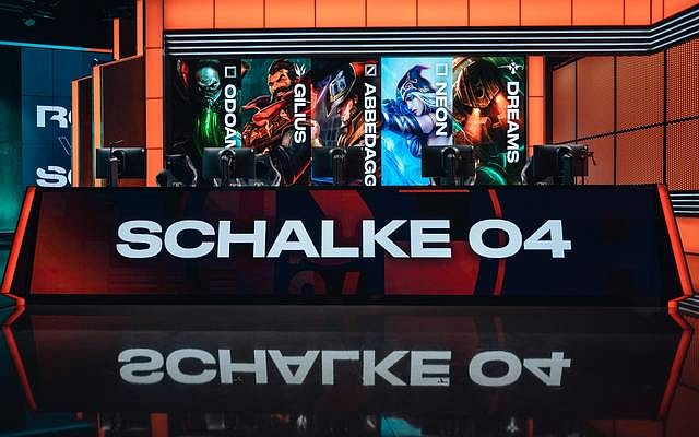 G2 Esports porazili Rogue, Schalke si připsali dvě výhry